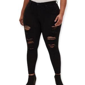 Torrid Black ripped skinny jeans size 16r